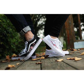 AMAC Customs Vans Old Skool Black Botanical Rose Embroidery Classic Casual Leisure Shoes