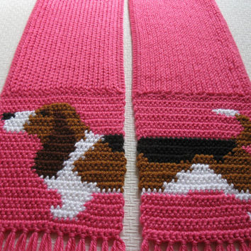 Knit Basset Hound Scarf. Pink knitted scarf with tri-color Basset dog