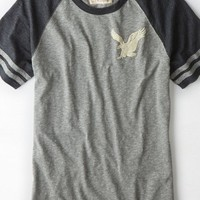 AEO Men's Athletic Graphic T-shirt (City Grey)