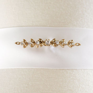 1950's Bar Pin - Leaves Pin // Art Deco, Victorian Style Jewelry - Gold Tone with Clear Rhinestones // 2 inch pin, Bridal Belt Brooch