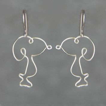 Silver Snoopy dangling wiring earrings  Bridesmaid gifts Free US Shipping handmade Anni designs