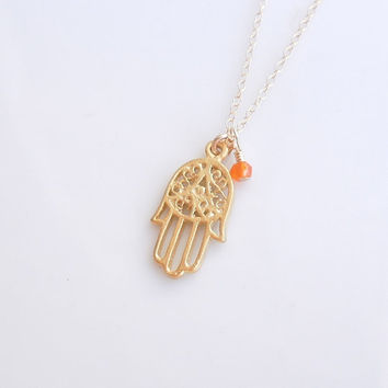 Hamsa Necklace with Carnelian in Gold