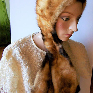 Roland Roy Fox Fur Hat, Attached Scarf, Signed Roland Roy, Quilted Lining, Made in  Quebec Canada, Vintage Accessory 917
