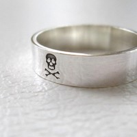 Silver Ring Band Pirate Skull by JenniferWood on Etsy
