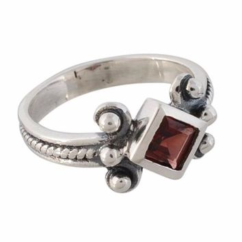 Adorable 925 Sterling Silver Ring with Muti Gemstone