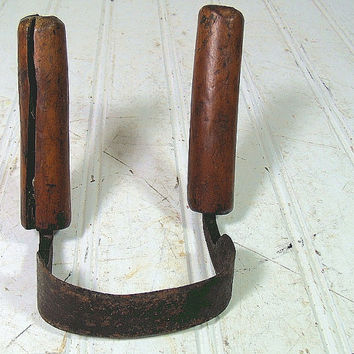 Primitive Hand Forged Cast Iron & Wood InShave Scorp - Vintage Crafted Steel DrawKnife Planer - Antique Two Handled Carpenters Tool
