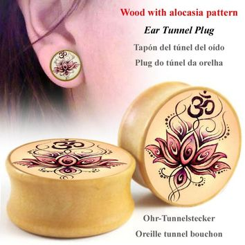 2 Pcs Allergy free Wood with lotus Pattern Ear Tunnel Plugs and Gauges  Expander