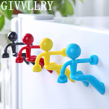 GIVVLLRRY Fashion Creative Climbing Wall Little People Key Chains Multifunctional Colorful Magnetic Gift Key Ring Simple Jewelry