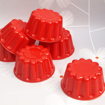 Jelly Moulds, Jello Mold, Set of 6, Red Plastic, Vintage Kitchen, Traditional Moulds, Small Moulds, Children's Tea Party - 1950s / 1960s