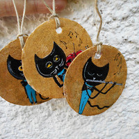 set of three recycled cardboard gift tag-ooak-painted tags-cat tags-original-musical-cat labels-funny cat-black cat