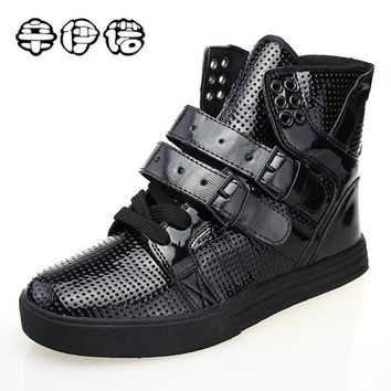 2018 Brand New High Top Casual Shoes For Men PU Leather Lace Up Red White Black Color Mens Hip Hop Shoes Men High Top Sneaker