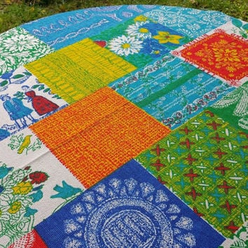 Large Vintage Patriotic Patchwork 1776 Tablecloth 109 x 72 Oval