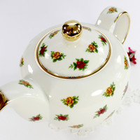1998 Royal Albert Chintz Teapot, Cream Porcelain Vintage Tea Pot, Old Country Roses J-