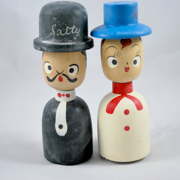 Salty and Peppy Wood Shakers  , Retro Japaneese Hand Painted Salt and Pepper