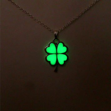 St Patricks Day / Shamrock / Lucky Four Leaf / Clover Glowing Necklace / Glowing Jewelry / Glow in the Dark Pendant / Gift for Her / 18x25mm