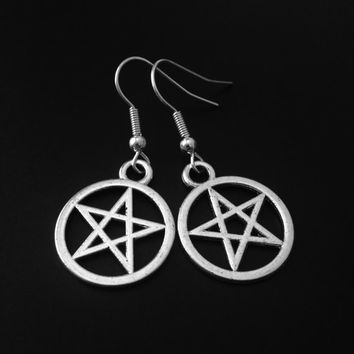 Pentagram Earrings, Pentacle Earrings, Witchy Jewelry, Gothic Jewelry, Grunge Earrings, Pagan Jewelry, Wiccan Earrings, Silver Pentagram