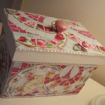 Mosaic Box Shabby Chic Treasure Box Keepsake Box Recipe Box handmade broken china stained glass
