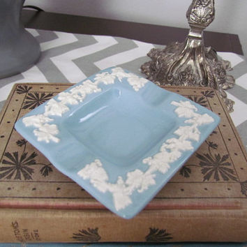 Wedgewood  Ashtray  Barlaston of Etruria Embossed Queen's Ware Light Blue Lavender Ashtray