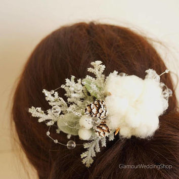Winter Wedding Bridal Hair Comb Pine Cones Comb Woodland Wedding Winter Wedding Hair Accessory Wedding Hair Comb