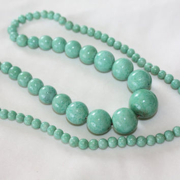 Vintage Peking Glass Necklace, Art Deco Green Bead, 1940s Jewelry