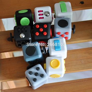 11PCS/Lot Fidget Cube Funny Silicone Toy Relieves Stress Anti Irritability Dice A Vinyl Desk Gift For Adult And Children Squeeze