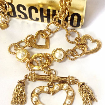 MINT. Vintage Moschino thick chain statement necklace with large heart charm with faux pearls and chain fringe. Jewelry By Moschino BIJOUX