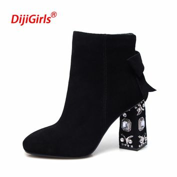 New Winter Boots Luxury Brand Cow Suede Square Toe Bowtie Thick Diamond High Heels Solid Women Preppy Style Ankle Chelsea Boots