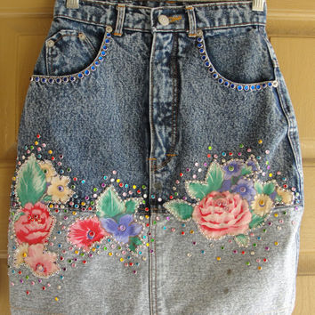 Vintage high waisted size extra small XS denim high contrast acid washed studded jeweled jean skirt  80s 90s 1980s 1990s mini floral flowers