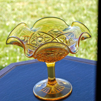 Vintage / Imperial Glass Company / Tall Compote / Bowl / Serving / Fruit bowl / 1940's  Daisy & Button pattern /  Light Yellow Amber