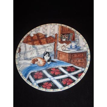 """""""Sleepyhead Cats"""" Knowles Collector Plate"""