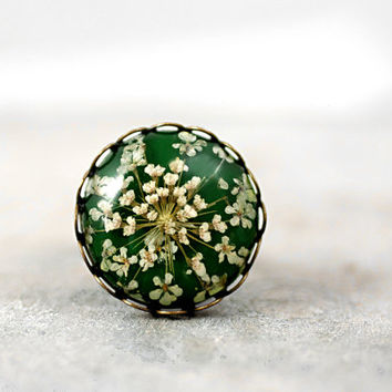 Grass Green Ring with real dried flowers - bronze color ring with queen anne's lace in grass green. Nature jewelry for her.