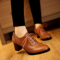 New Retro England Style Pointy Toe Thick Low-heeled Lace Oxfords Heels Carved Leather Shoes Brogue T_WSF009 = 1928642628