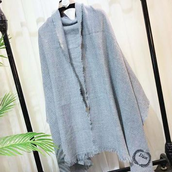 DIOR Autumn And Winter Fashion New Embroidery Leaf Letter Comfortable Warm Scarf Gray