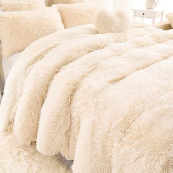 Warm Soft Thick Luxury Faux Fur Throw/Blanket
