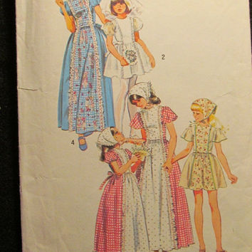 Sale 1970's Simplicity Sewing Pattern, 6242! Size 6 Girls/Child/Kids/Flower Girl/Wedding Dress/Reenactment/Prairie Dress/Thigh Length/Ankle