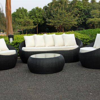 2017 Trade Assurance New arrival pe rattan led big round shaped outdoor rattan furniture