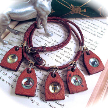 Vintage ESSEX GLASS NECKLACE Leather & Bubble Glass Fox Hunting Equestrian Charms Necklace Horse Fox Hounds