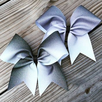 Ombre bow. Price is for one bow.