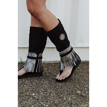 Ibiza Fringed Gladiator Boot Sandals - Black