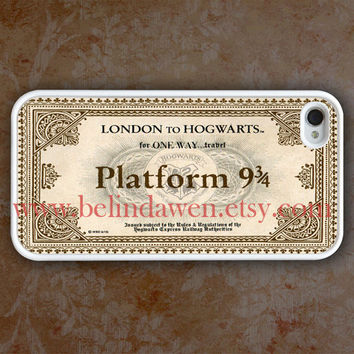 iPhone 4 Case iphone 4s case hogwarts Express Train by belindawen