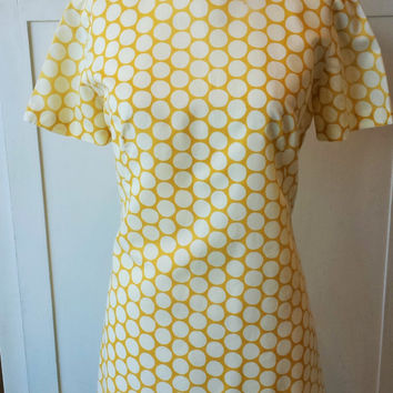 Vintage 1960s Polkadot Dress / Yellow and White Dress / 60s Mod Dress / 60s Polka Dots / Polkadotted Dress / Vintage Summer Dress