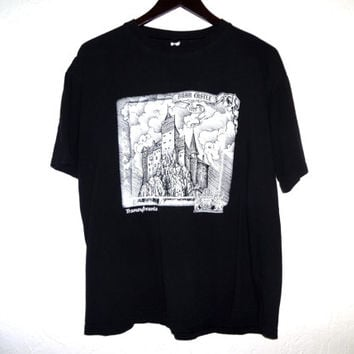 Vintage 90s Vlad the Impaler Count Dracula Tee! - Large - Bran Castle - Romania -