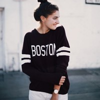 VEENA BOSTON SWEATER
