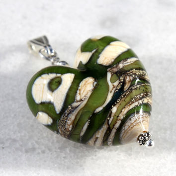 Green Glass Heart Pendant, Lampwork Jewelry, Heart bead, Sterling Silver, Heart, Green Glass,  Glass Jewelry, Pendant, Glass,