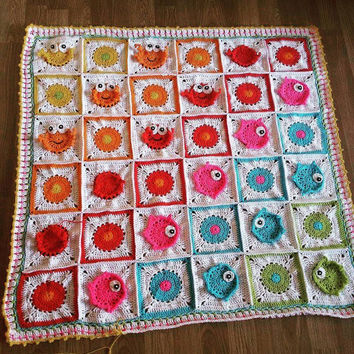 "Crochet Baby blanket pattern "" Sea into ocean "" crab and fish, baby blanket with animal apliques"