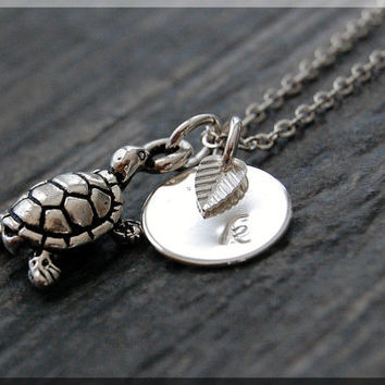 Silver Sea Turtle Necklace, Initial Charm Necklace, Personalized Necklace, Ocean Creature Charm, Turtle charm, Ocean Jewelry, Turtle Jewelry