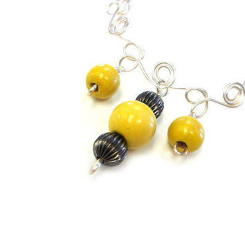 Necklace Yellow Wood Beads Chunky Jewelry Wire Art Gunmetal Gray Silver