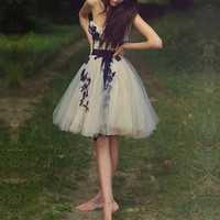 Sweet Appliques Ball Gown Sweetheart Mini Prom Dress with Sash