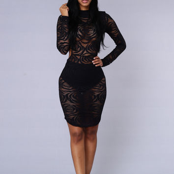 Kiss From A Rose Dress - Black