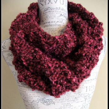 Knit Cowl. Thick and Chunky. Made By Bead G's on ETSY. infinity cowl. knit infinity. Soft. Burgundy. Dark Red. Deep red. Scarf. Infinity